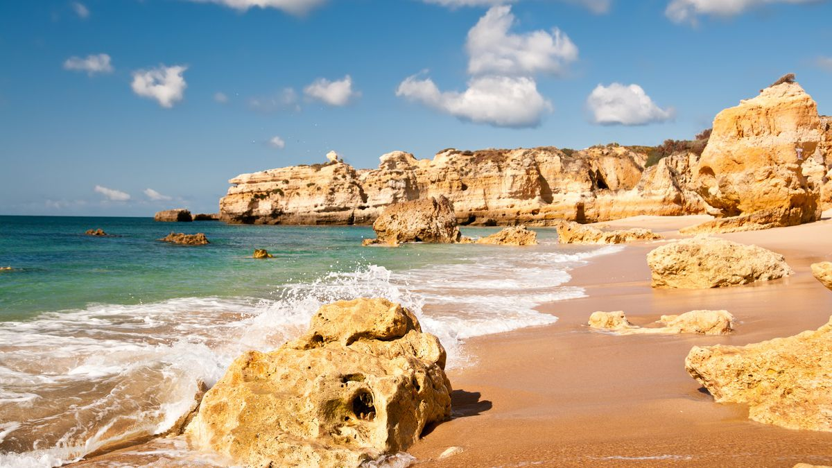 Minibreak, miniprice: Algarve break in June from £139pp - incl. 4nts aparthotel & flights http://dlvr.it/R5PH9d   #Business #Motogp #F1 #Formula1 #quote #flying #Classics #Heaven