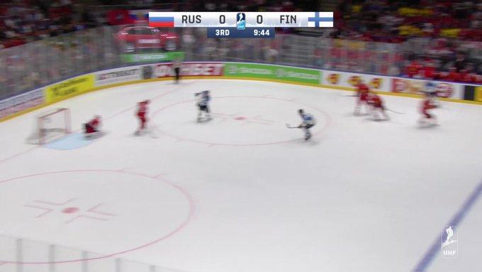 Финские хоккеисты не пустили сборную России в финал чемпионата мира