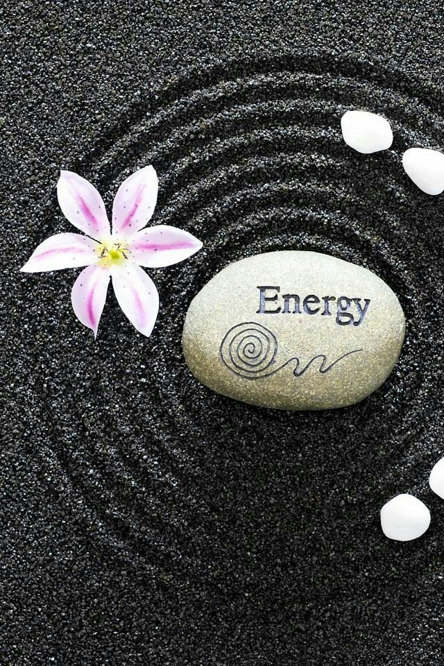 🌹🌸Good afternoon  lovelies🌸🌹 Sending good energy and positive vibes to you all🙏💗🕉 I hope you're having a great day wherever you are and whatever you're doing today. Be good to yourself peeps 😊 be yourself because everyone else is taken👌😜 #PositiveVibes #goodenergy #Zen