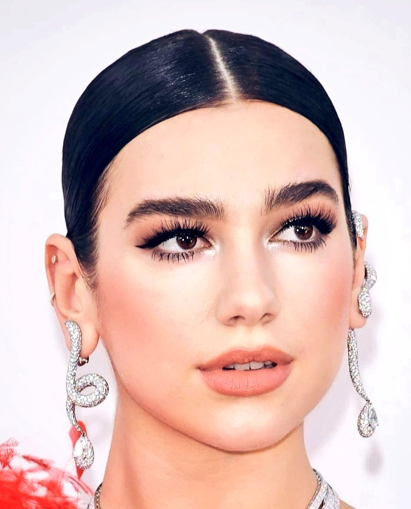 @DUALIPA #artist #actress #singer #model  #actorslife #actors #makeupartist #instafashion #chanteuse #hollywood #style #instamakeup #new #star #redcarpet #fashion #fashiondesigner #dress #robe #fashionartist #makeup #make_up #singers #newrules #amfar #cannes #cannes2019 #dualipa