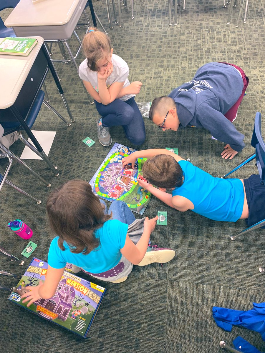 Some board games and comic drawing yesterday morning to start the last day of school! #YESTigers180 #LogansLearners