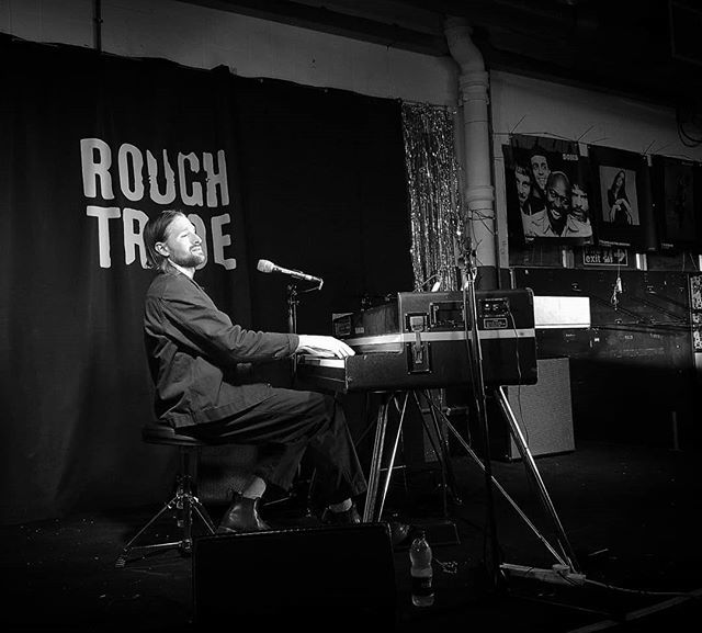 Hayden Thorpe #live #music #haydenthorpe #roughtrade #roughtradeeast #wildbeasts #london http://bit.ly/2HT6c99