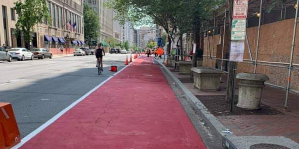 The new H Street bus lane is going in! #redcarpet <br>http://pic.twitter.com/4pL01e66eB