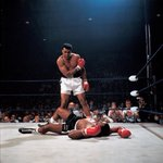 Image for the Tweet beginning: Neil Leifer took arguably the