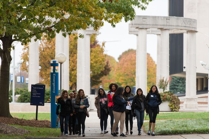 Want to learn more about #UISedu over summer break? @UISAdmissions is offering information sessions and tours several times a week for prospective students and their families. Learn More: https://t.co/w4aNDZPZMJ https://t.co/zrYMyOMPq7