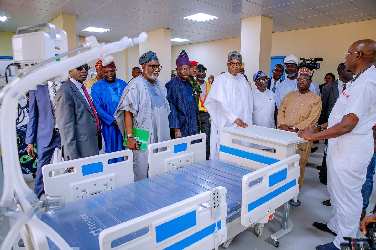 D7bxwcaWsAEH WQ - Photos: Buhari in Ogun to commission infrastructural projects