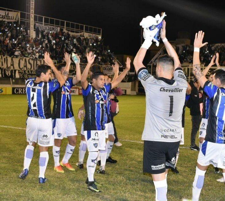 Almagro debe ganarle a Central Córdoba para jugar la final por el segundo ascenso a la Superliga https://cablera.telam.com.ar/cable/785093/almagro-debe-ganarle-a-central-cordoba-para-jugar-la-final-por-el-segundo-ascenso…