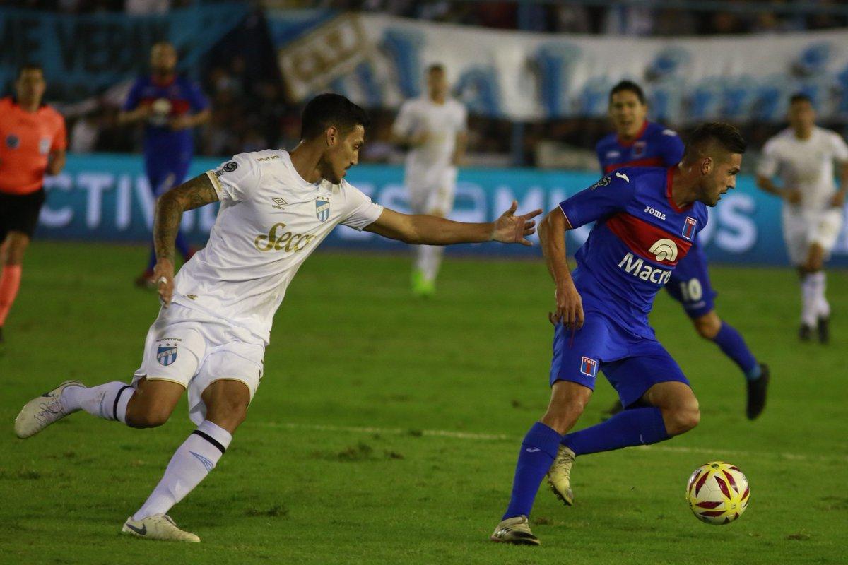Tigre superó el trámite en Tucumán y llegó a la final de la Copa de la Superliga  https://cablera.telam.com.ar/cable/785171/tigre-supero-el-tramite-en-tucuman-y-llego-a-la-final-de-la-copa-de-la-superliga…