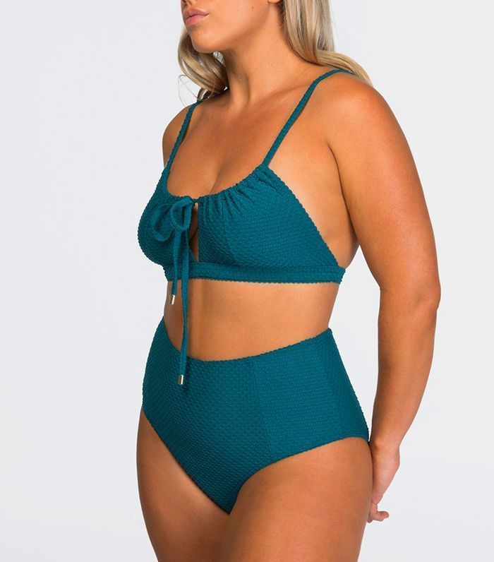 1970ab26d5efb The last time we saw two piece bathing suits this high was 1965 - Gidget.  #FashionTrend https://buff.ly/2LXYAY5 pic.twitter.com/qEUaedA4MS