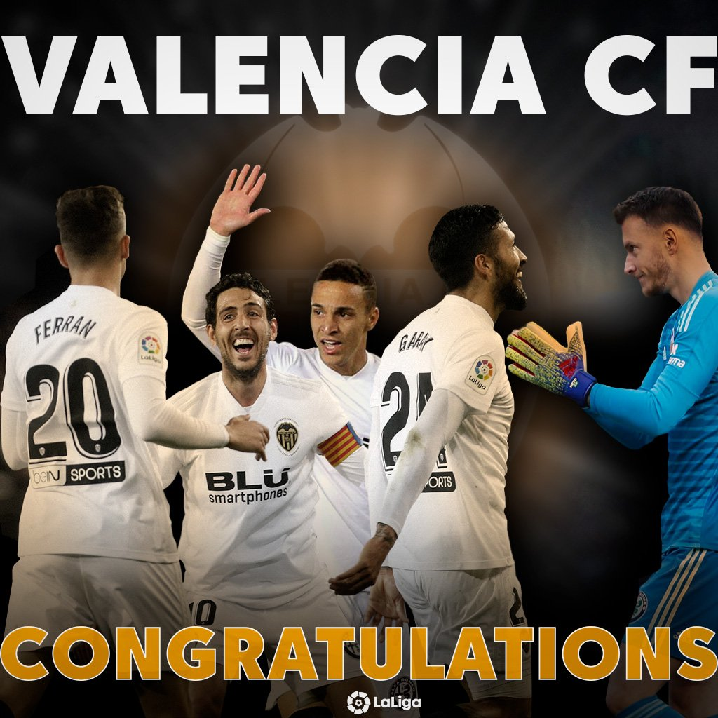 🦇 CUP WINNERS! 🦇 @valenciacf_en celebrate their CENTENARY with a TITLE! 🏆🧡