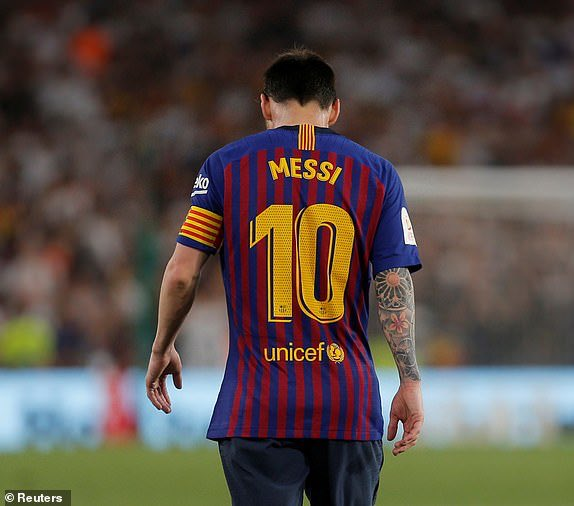 St.Messi Born 24th June 1982  Lionel Messi Lost 7 finals in a period of 5 years Patron Saint of LOSERS <br>http://pic.twitter.com/Hh7N1fMEVI
