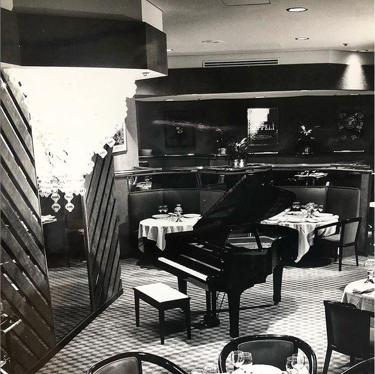 A lot has changed, except one thing's for sure...we still enjoy great food. The Grange Restaurant opened in 1982. @coalcellargrill opened in 2015. #hilton100 @hiltonnewsroom @Hilton @Hiltonhonors https://t.co/MTpQmgIrwf