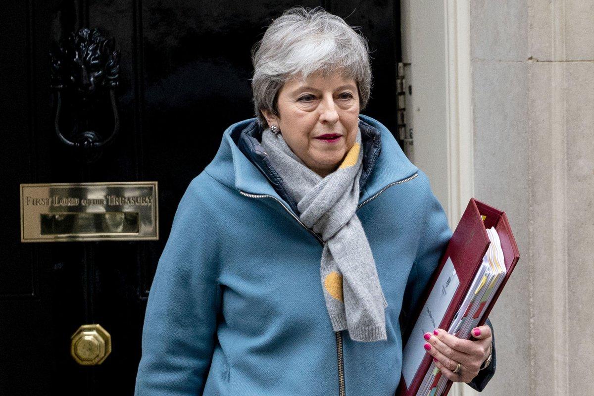 """Reino Unido: Empieza la lucha entre los """"tories"""" para reemplazar a Theresa May https://cablera.telam.com.ar/cable/785157/empieza-la-lucha-entre-los-tories-para-reemplazar-a-may…"""