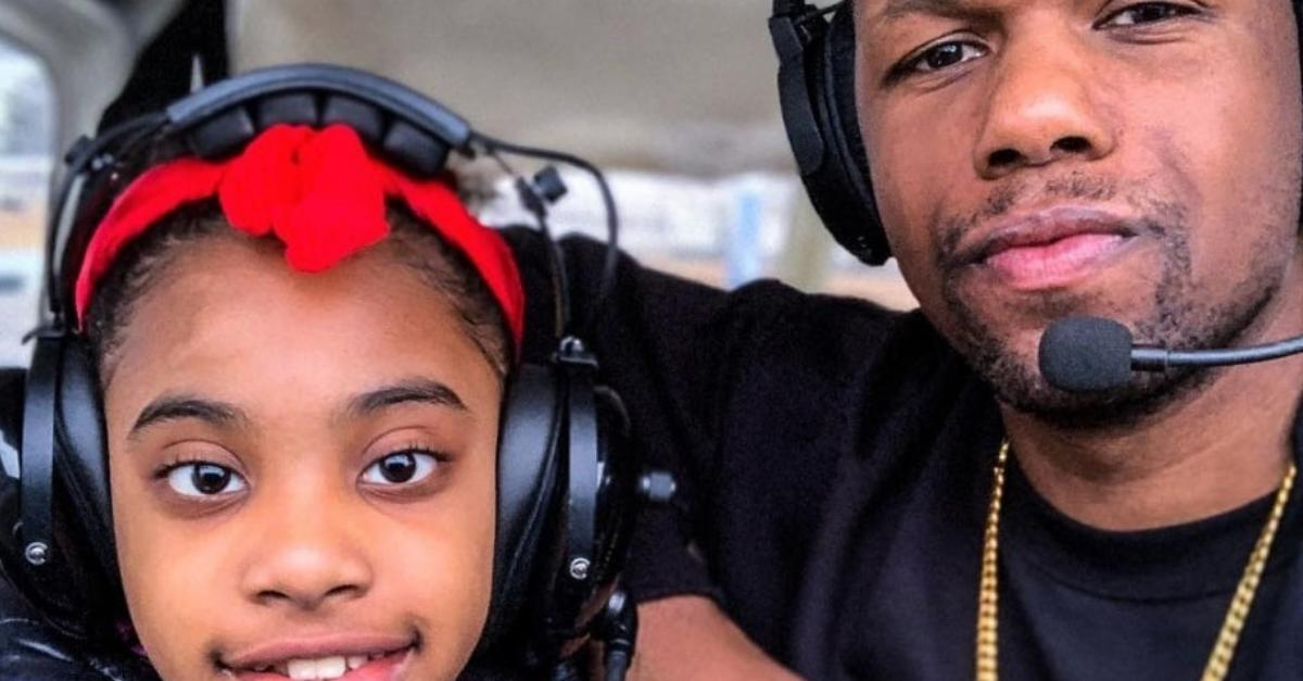 Two Black pilots are teaching Black kids how to 'fly for the culture' with a free aviation program ✈️ http://bit.ly/2H3yU7W