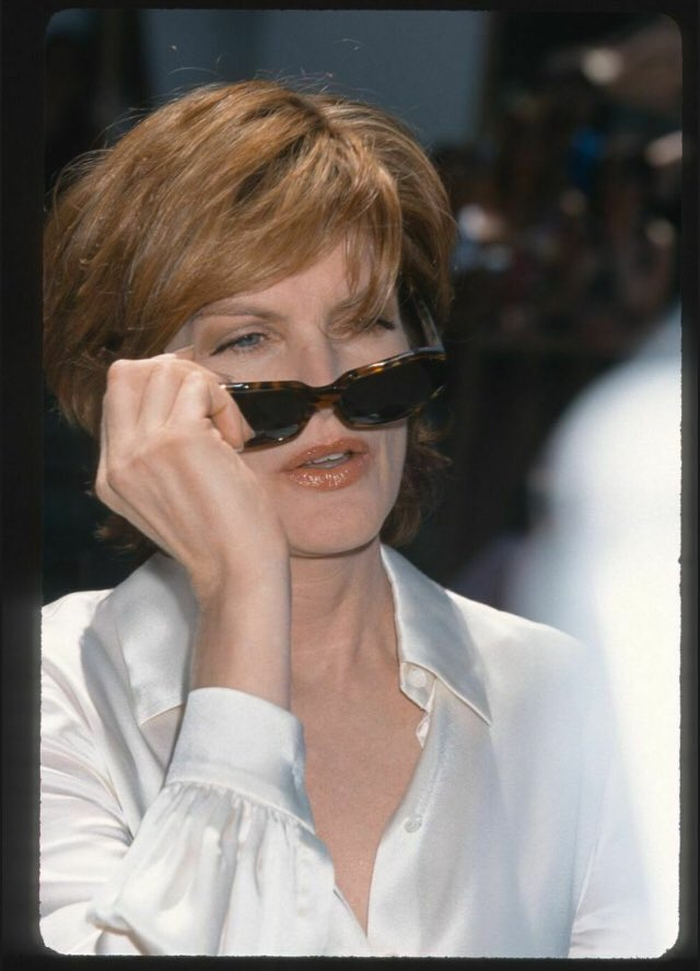 Master muse Rene Russo <br>http://pic.twitter.com/wy2wGVQjqX