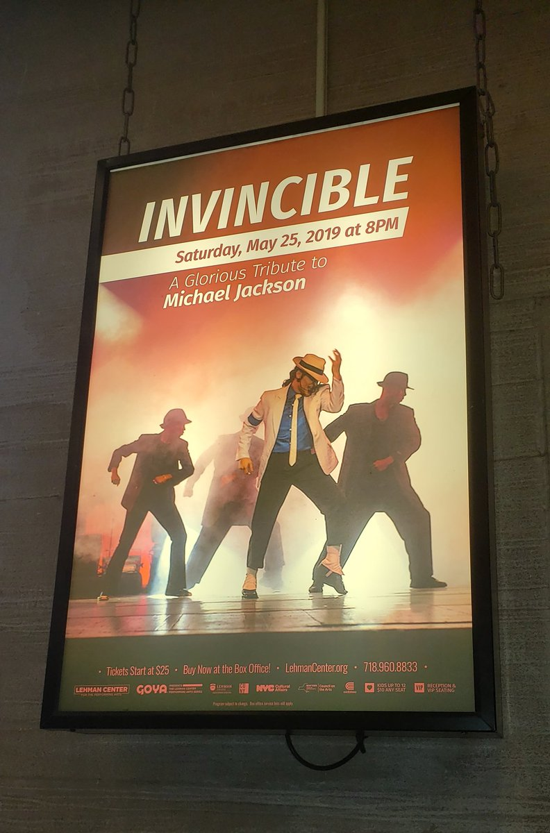 #MJfam: Almost show time! Invincible: A Glorious Tribute To #MichaelJackson<br>http://pic.twitter.com/dTsMrn62ve
