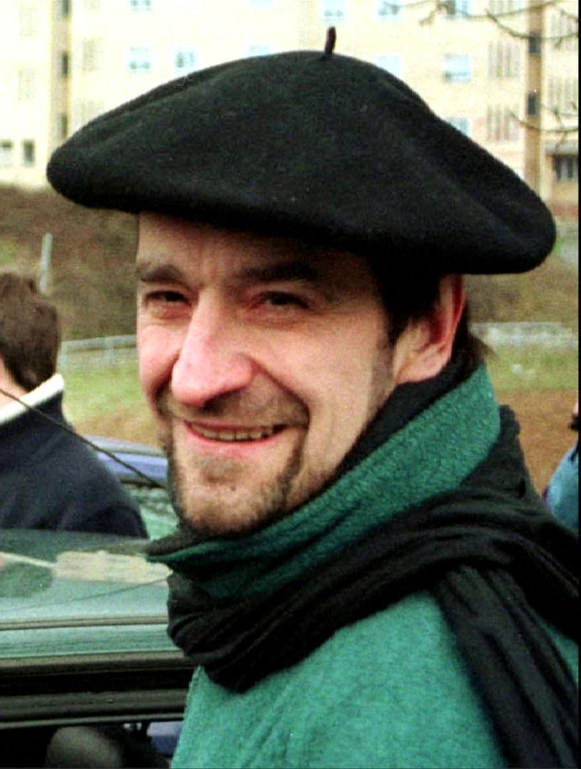 La Justicia española quiere que Francia extradite al ex líder de ETA https://cablera.telam.com.ar/cable/785117/la-justicia-espaniola-quiere-que-francia-extradite-a-ex-lider-de-eta…