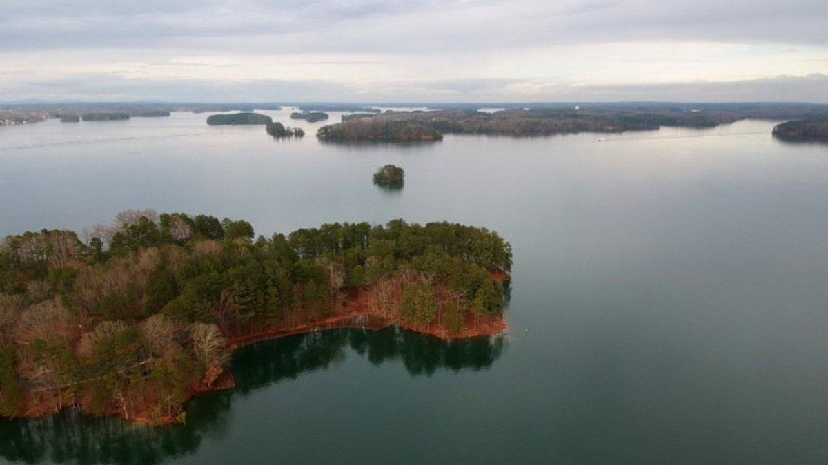 WSB-TV's photo on Lake Lanier