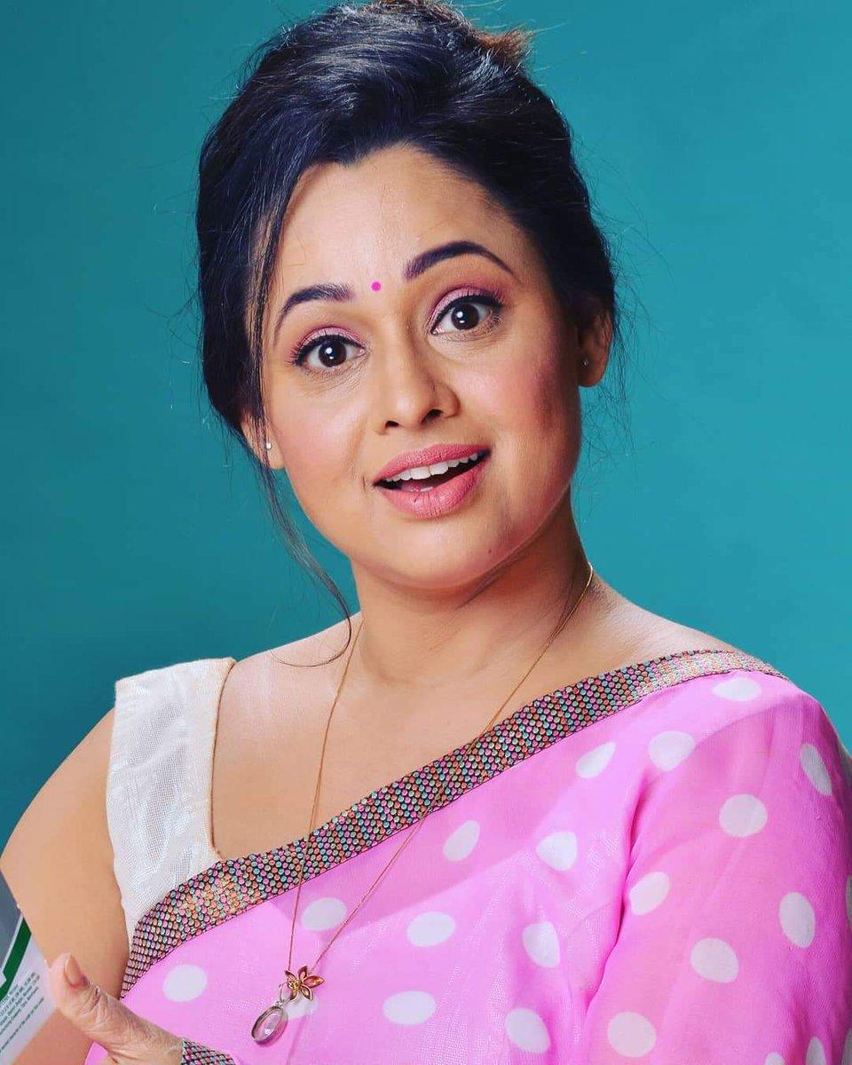 @JoshiSonalika @Madhavi_TMKOC @nidhibhanushali @SonuBhide My beautiful wife I love you so much mere jaan my baby pic.twitter.com/UdUjoabnh3