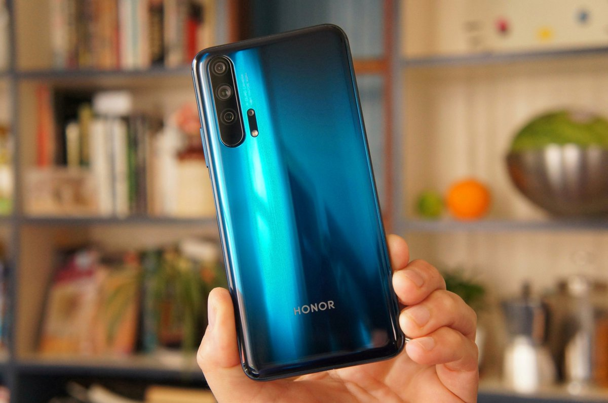 Everything you need to know about @Honorglobal's #Honor20Pro, the @Huawei -pocalypse, and @ASUS' #ZenFone6, right here on episode #112 of my #MObTechCast with guest and friend @jvtechtea :) https://worldpodcasts.com/honor-20-pro-in-depth-huawei-ban-and-asus-zenfone-6-with-youtube-creator-joshua-vergara-mobile-tech-podcast-112/…