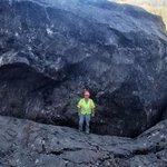Image for the Tweet beginning: Massive boulder closes Colorado highway