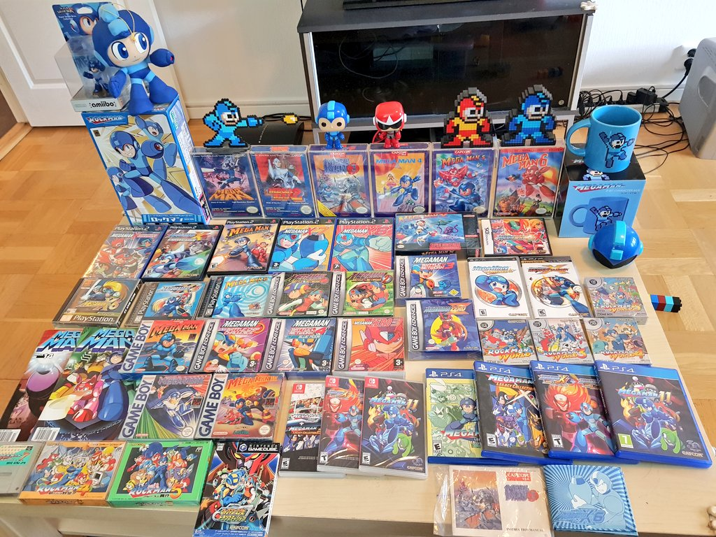 It's grand finale of #MegaManWeek so here's my Mega Man collection.  #Muskelsmurfscollection 💪😎🎮👾