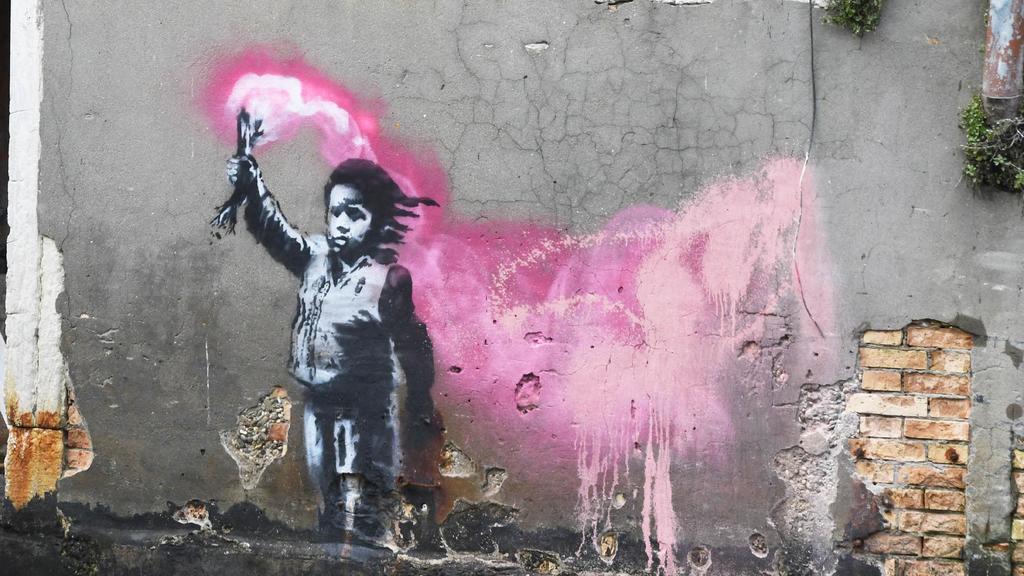 L'effetto Banksy: Venezia con il fiato sospeso per...