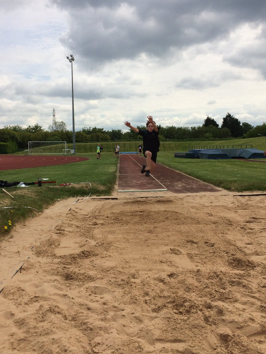 bae77d5e70 CatholicHighPE @CHSC_PEChester & District Years 7 & 8 Athletics  Competition, Deeside 2019 https://t.co/aHYDxDGhYS