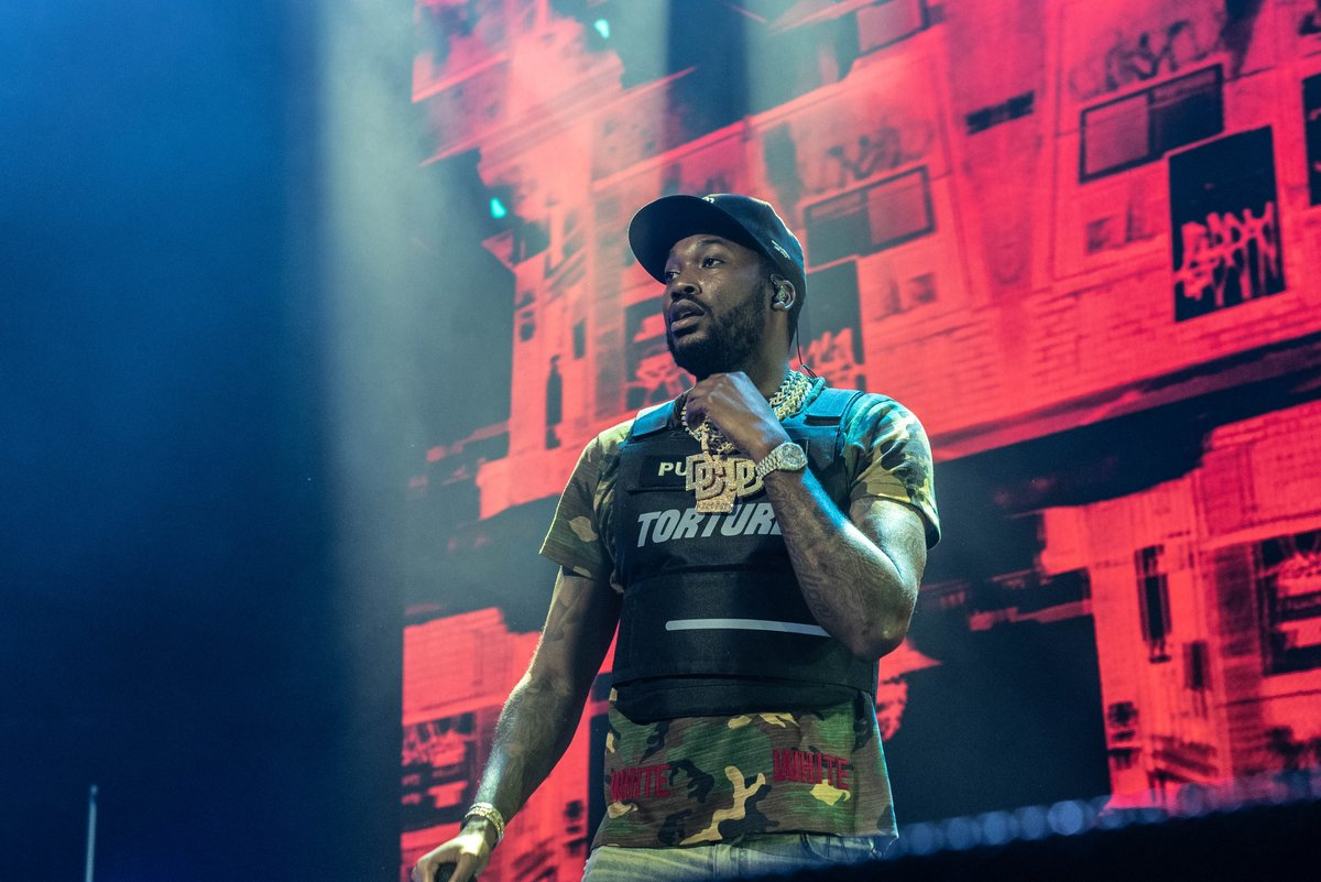 """After being threatened with arrest for trespassing at a Vegas casino, @MeekMill's attorney discovered the venue """"maintains a list of African American recording artists who should be denied access for no other reason than their culture and skin color."""" http://bit.ly/2EzGO7i"""