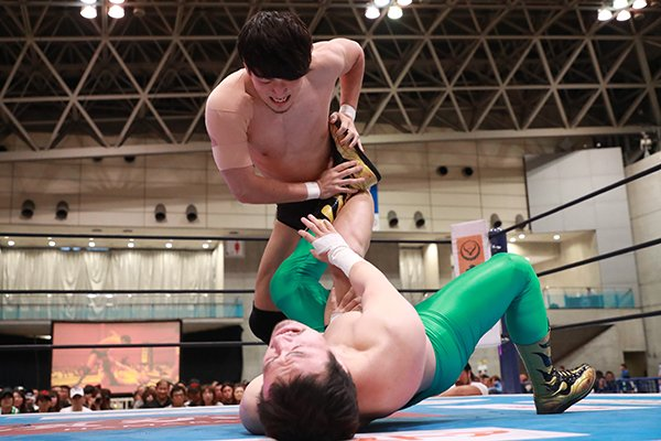"NJPW: ""Best of the Super Jr. 26"" Día 10 Empate en la cima, Grupo B 7"