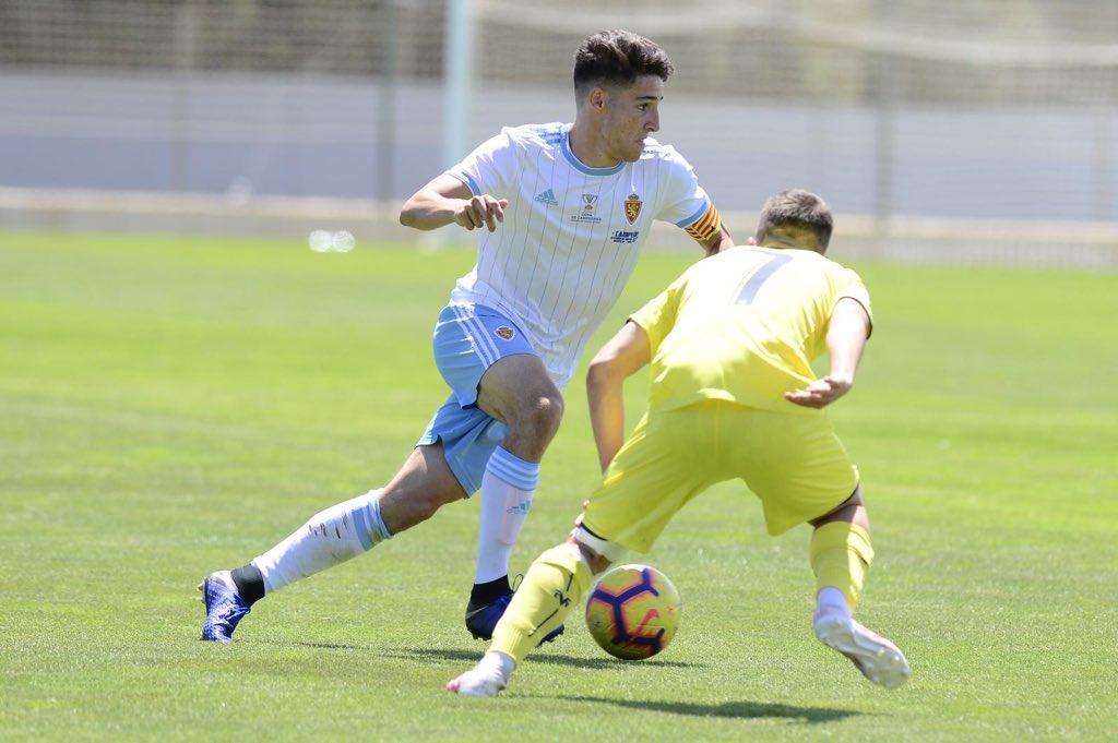 Una jugada del Real Zaragoza-Villarreal Juvenil en la Copa del Rey (Foto: RZ).