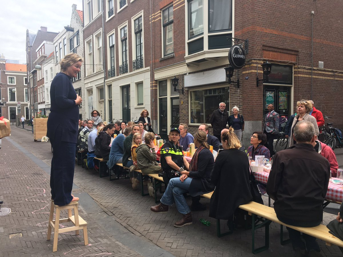 Margo Smit On Twitter A Brunch Table Short Speeches And Immediate Planting Action City Center Green Initiative Draws About 90 Neighbours To Talk About Turning Bricks Into Blossom Denhaag Bewonersrondhetplein Https T Co 2dtprjmqfn