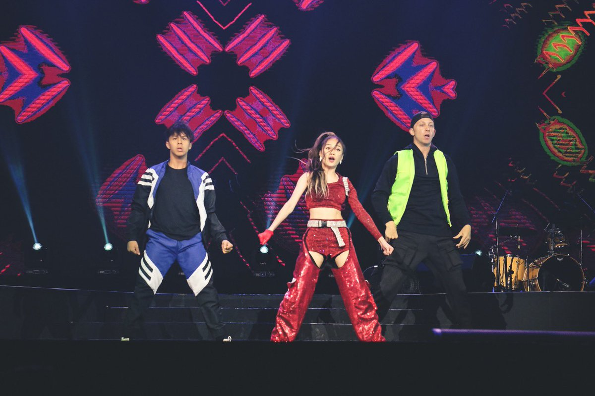 .@BonifacioAC is killin' it on stage with some very talented friends: @kensanjose_ and @mattsteffanina! #YTFFPH