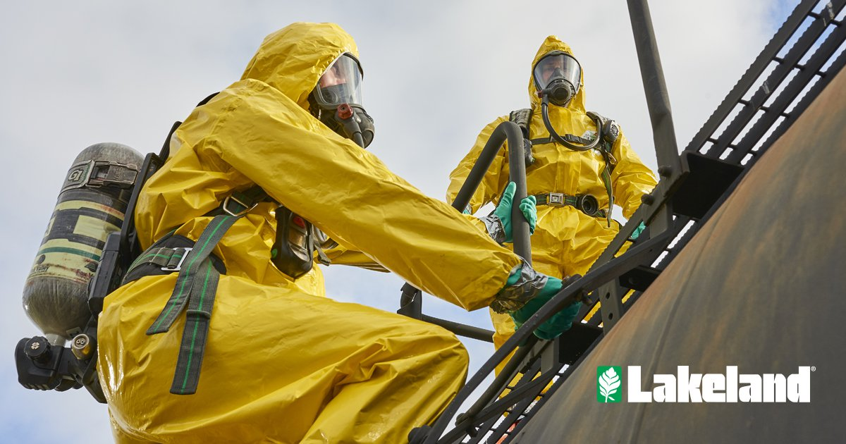 ChemMax® 4 Plus offers superior, advanced #chemicalprotection. Now supported by PermaSURE®! Get protection from the toughest and most hazardous #chemicalenvironments. https://hubs.ly/H0hSbkB0