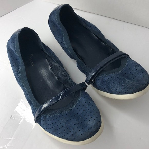 662b851c3d Check out all the items I'm loving on @Poshmarkapp from @MilkoNunez  #poshmark #fashion #style #shopmycloset #vincecamuto #katespade #colehaan:  ...