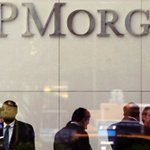 Image for the Tweet beginning: JP Morgan da su brazo