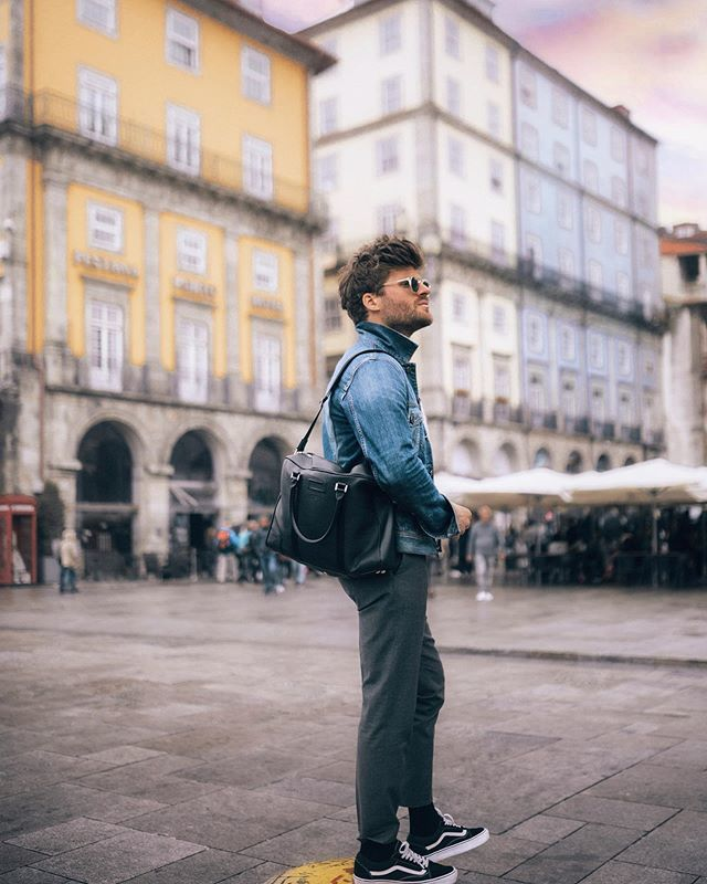 Few weeks ago in Porto when @lancelofficial challenged me for 24h. Did I manage to complete the challenge? Check on my IGTV to watch it 🎥 #departimmediat #lancel https://t.co/mFImWVrFO5 https://t.co/q6lVGJEXs0
