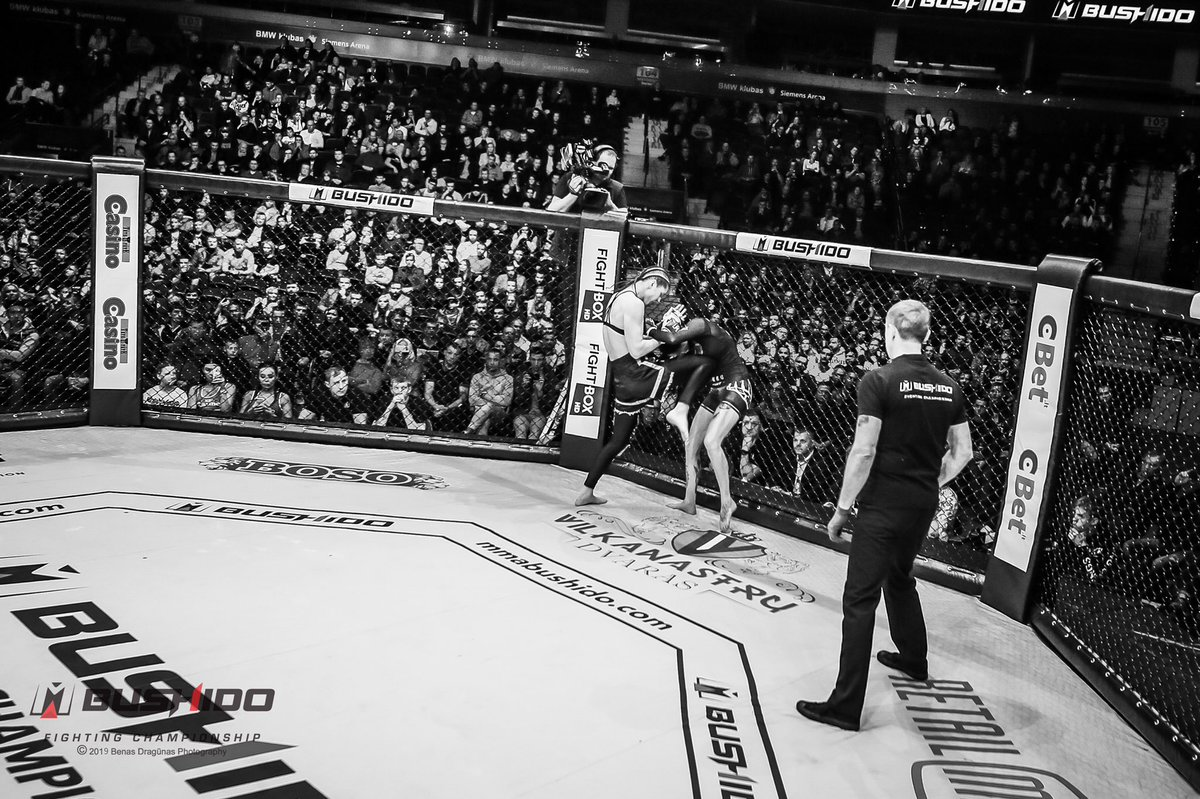 Memories from MMA Bushido Fighting championship in Vilnius  🔥  • • • #mma #mmafights #cage #👌 #soon #may #vilnius #lithuania🇱🇹 #siemensarena #mmagirls #kok #kokfightstv📽 #kokfights👊💪 #mmatraining #tournament #mmafighter #mmatournament #🥊