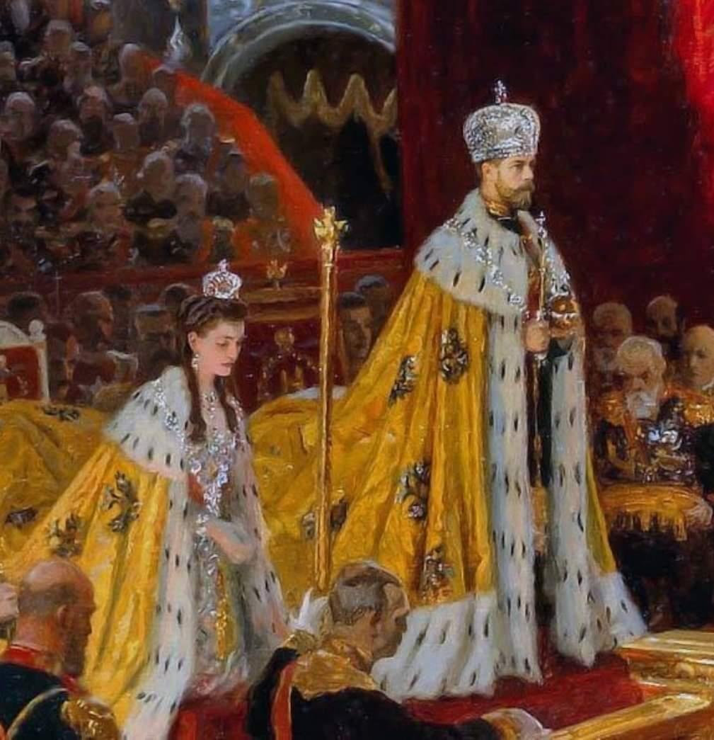 Царские знаки отличия фото стоит поднятом