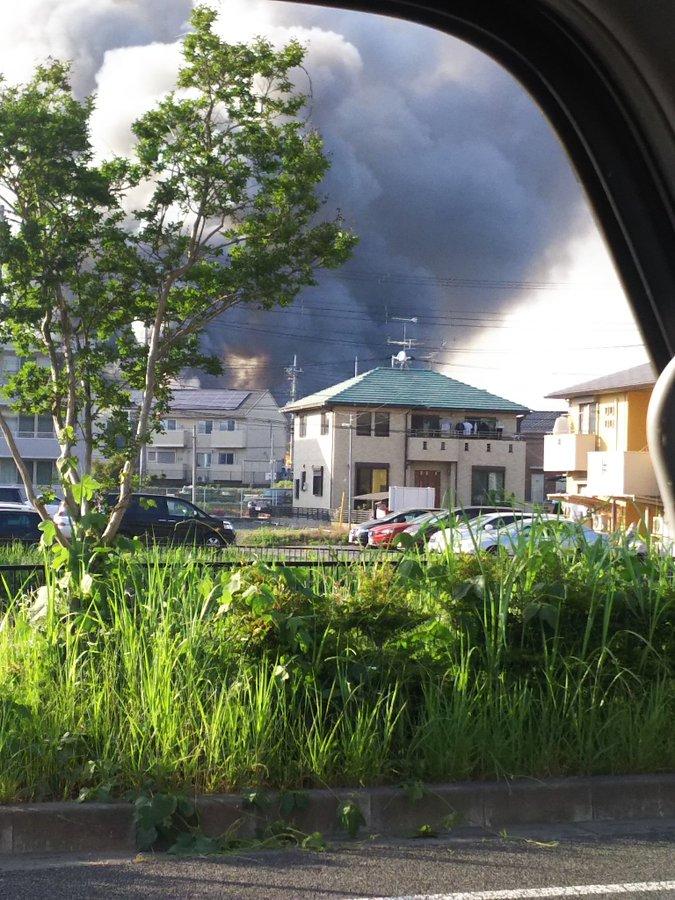 守谷市松並の大規模火災の現場画像
