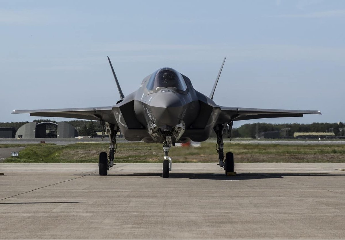 اليابان تعتزم شراء 20 مقاتلة F-35A اضافيه  D7jup4vXYAAH7WF