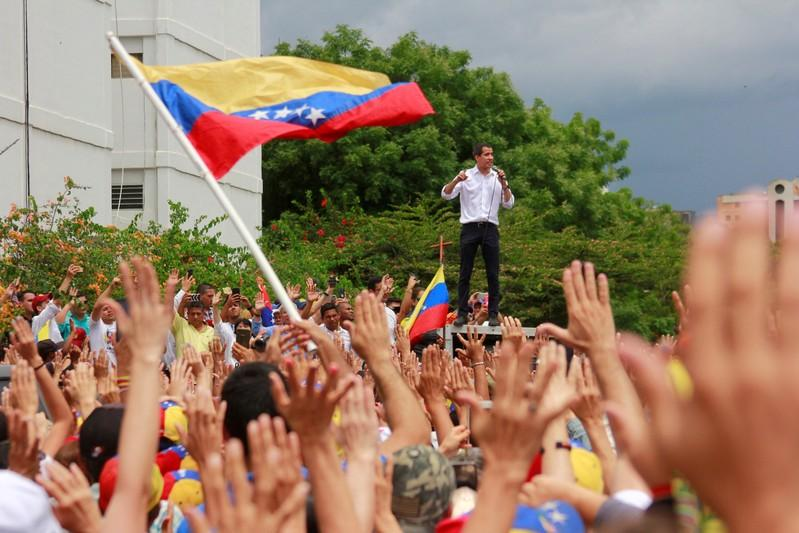 Russia says it is ready to play role in Venezuela crisis talks in Oslo http://www.reuters.com/article/us-venezuela-politics-russia-idUSKCN1SX0RB?utm_campaign=trueAnthem%3A+Trending+Content&utm_content=5cebb8c22866ef00011c9fbe&utm_medium=trueAnthem&utm_source=twitter…