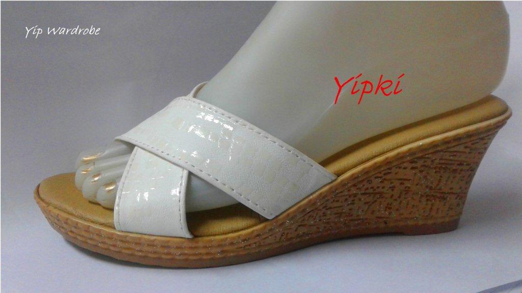[#ASKDANEL] Wat heb je in de mode gebracht @yipwardrobe #stijl #schoenen #mode https://danelfentone.wordpress.com/2019/05/27/askdanel-wat-heb-je-in-de-mode-gebracht/…
