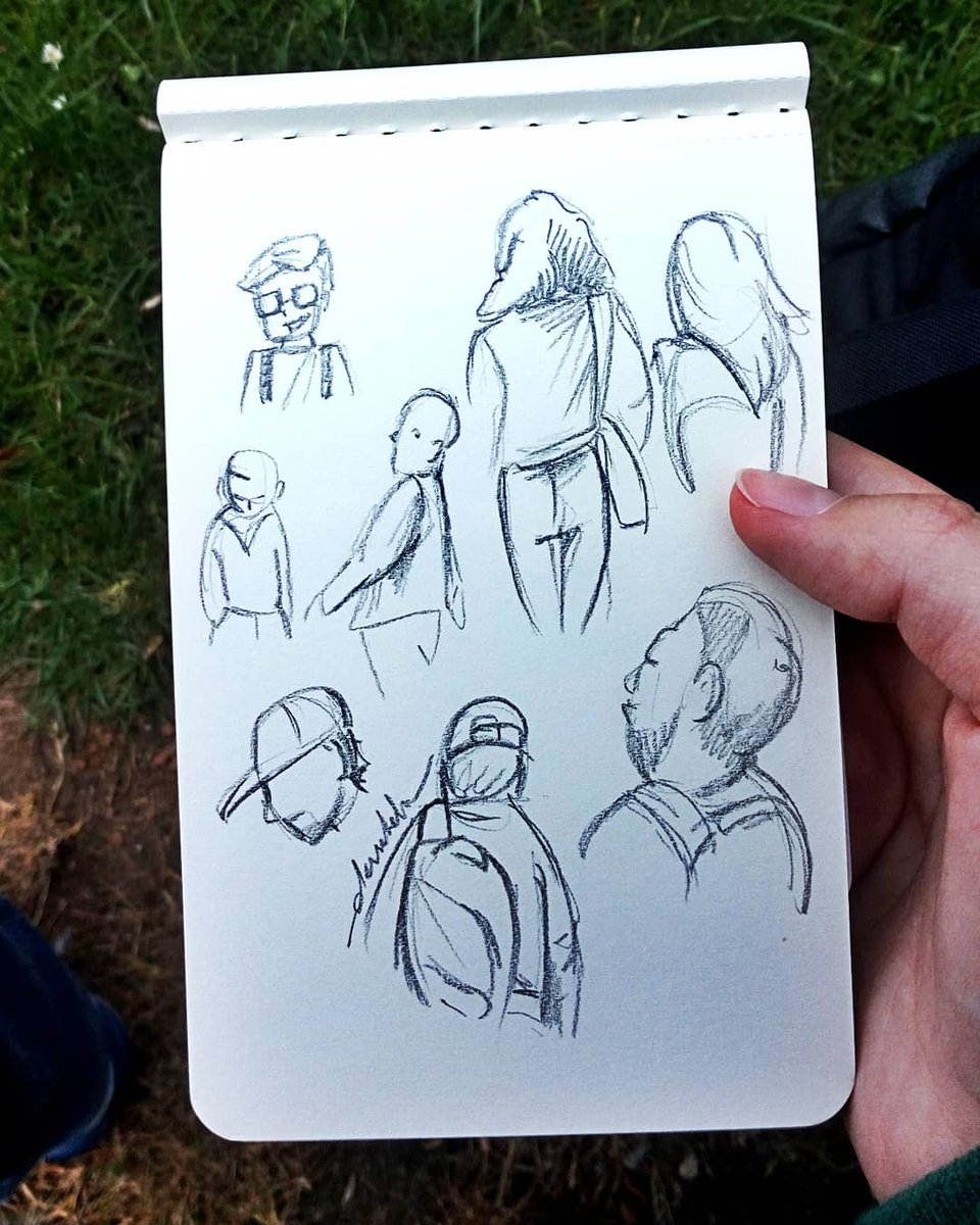 Sketching people #dailyart #dailyillustration #pencil #quicksketch #sketchingpeople https://t.co/yp435AQxH5