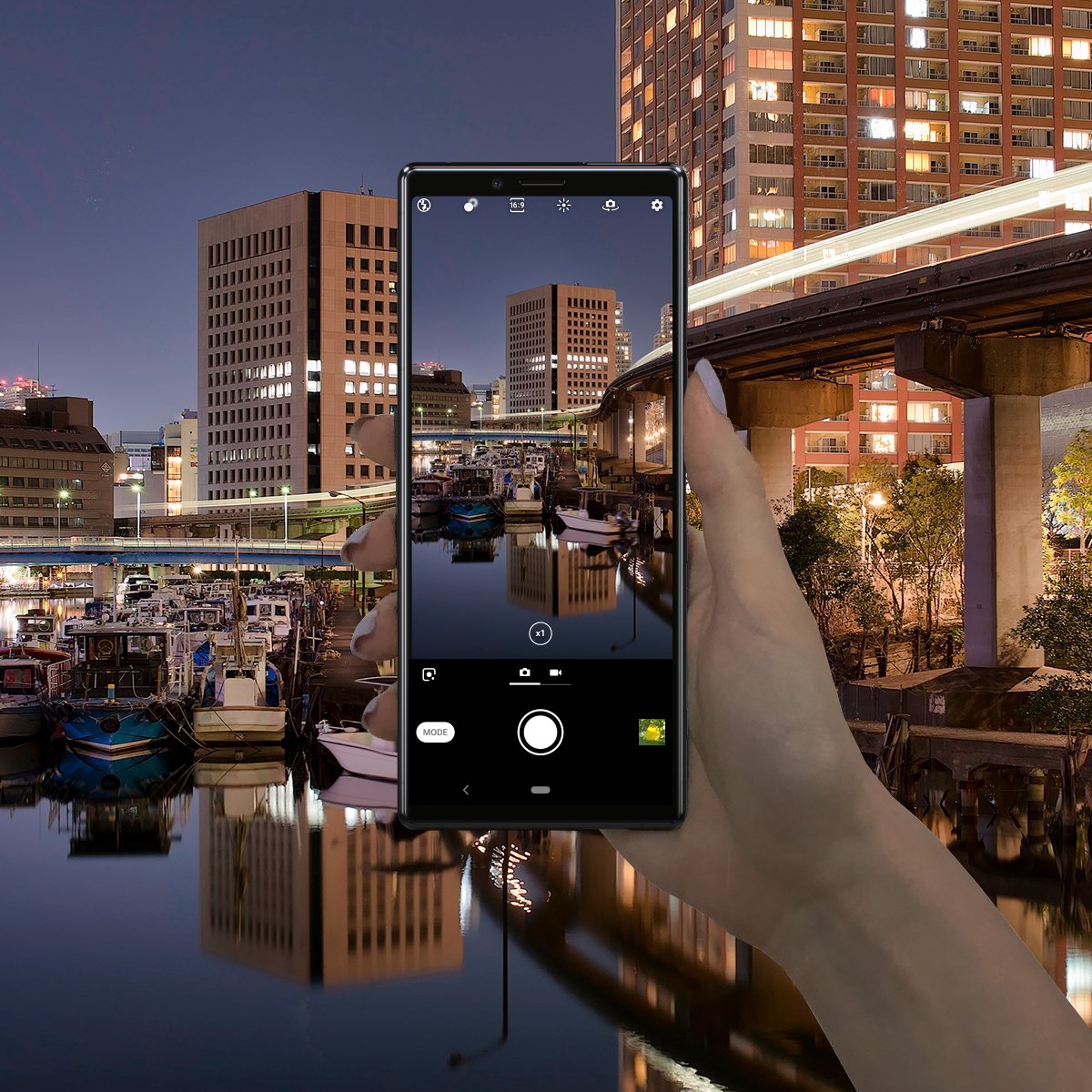 также приложения для фото ночью летучая снялась обнаженной
