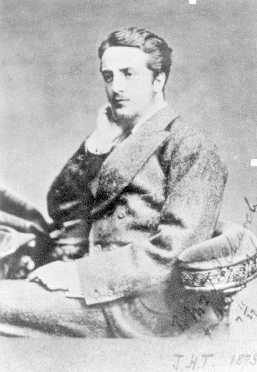 【タンマク派】ジョン・H・タンストール:1853年3月6日生まれのイギリス人。ニューメキシコで弁護士のマクスウィーンと共に牧場ビジネスを始める。マーフィーたちに目をつけられ、1878年2月18日に殺されてしまう。pic.twitter.com/78qIxrdlPL