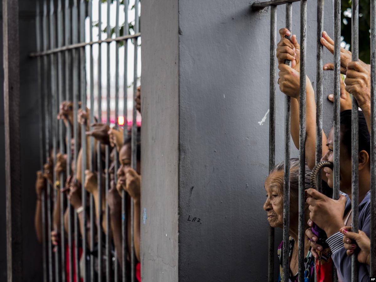 Насилие в тюрьме картинки