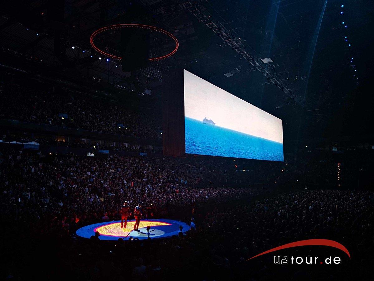 U2tour/u2fansites on Twitter