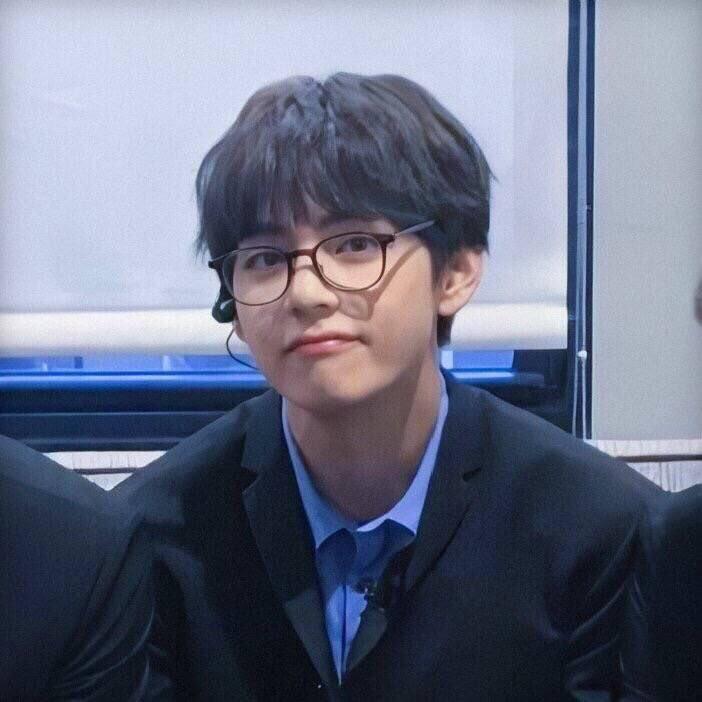 Bảo bối trân quý của cả đời em, sinh ra để yêu thương 💜 #TaehyungHandsome #TaehyungLovely #TaehyungHansung #TaehyungSingularity #TaehyungScenery #TaehyungPurple #TaehyungBangtan #TaehyungYeontan #TaehyungBeautiful #TaehyungCute #TaehyungYouArePerfect #TaehyungCool https://t.co/55Klq0q6JL