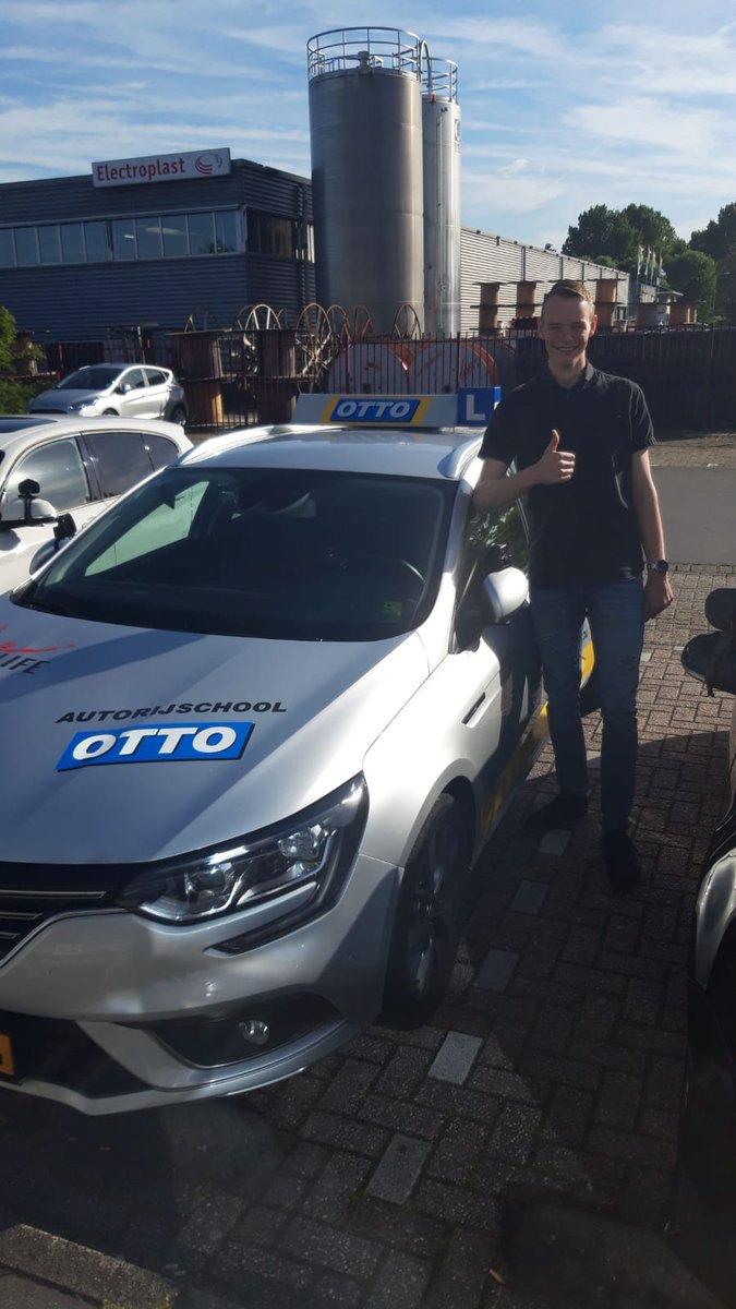 test Twitter Media - In Alle vroegte heeft Dirk De Penning laten zien dat hij zelfstandig op weg kan. Gefeliciteerd met je rijbewijs en vele fijne kilometers gewenst! https://t.co/e3ucBFz0GT
